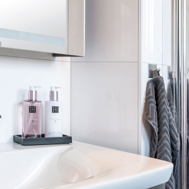 JTS Rörservice renoverar badrum i Nacka – Handfat i badrum