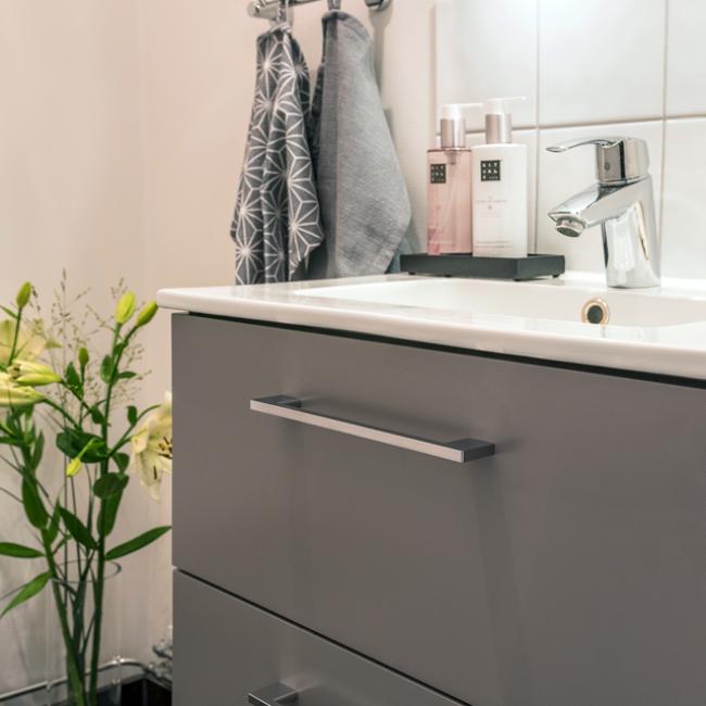 JTS Rörservice renoverar badrum i segeltorp – handfat på wc
