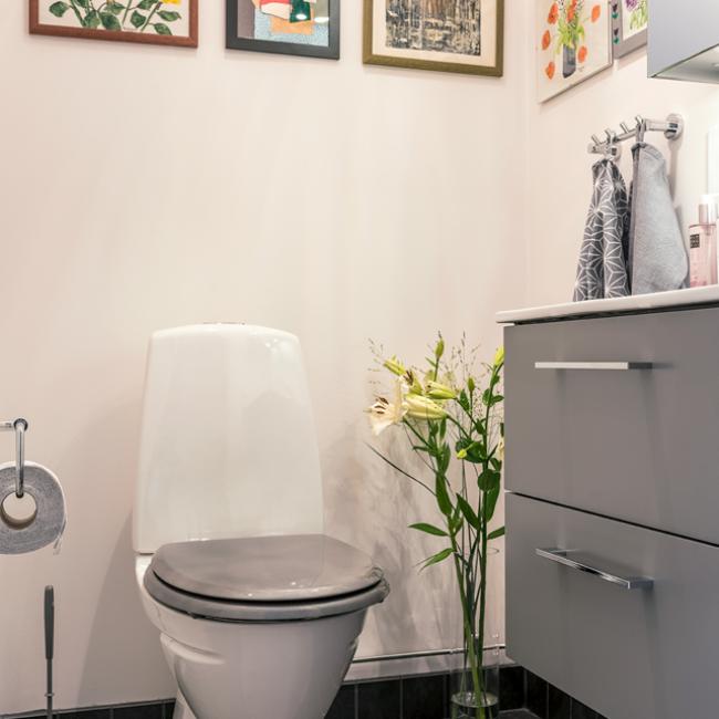 JTS Rörservice renoverar badrum i segeltorp – liten toa